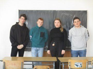 Nejúspěšnější žáci ze školního kola soutěže v ruském jazyce.