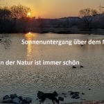 západ slunce u řeky